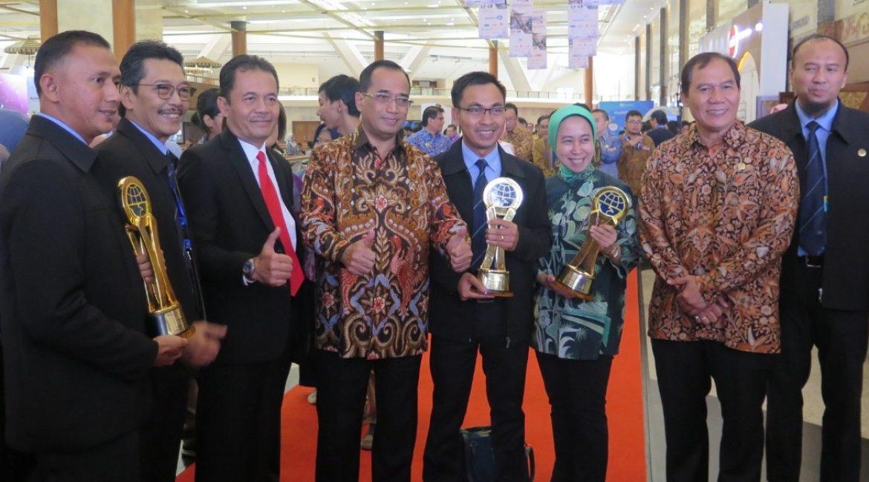 Dharma Lautan Utama Raih Dua Penghargaan Di Hari Perhubungan Nasional 2018