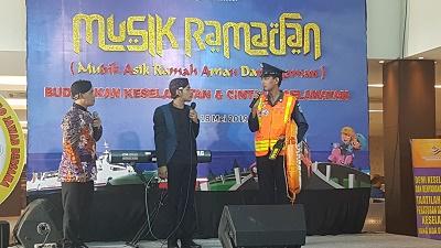 Cak Percil Sosialisasikan Keselamatan Penumpang Kapal DLU dalam acara Kampanye Keselamatan 2019 di Semarang